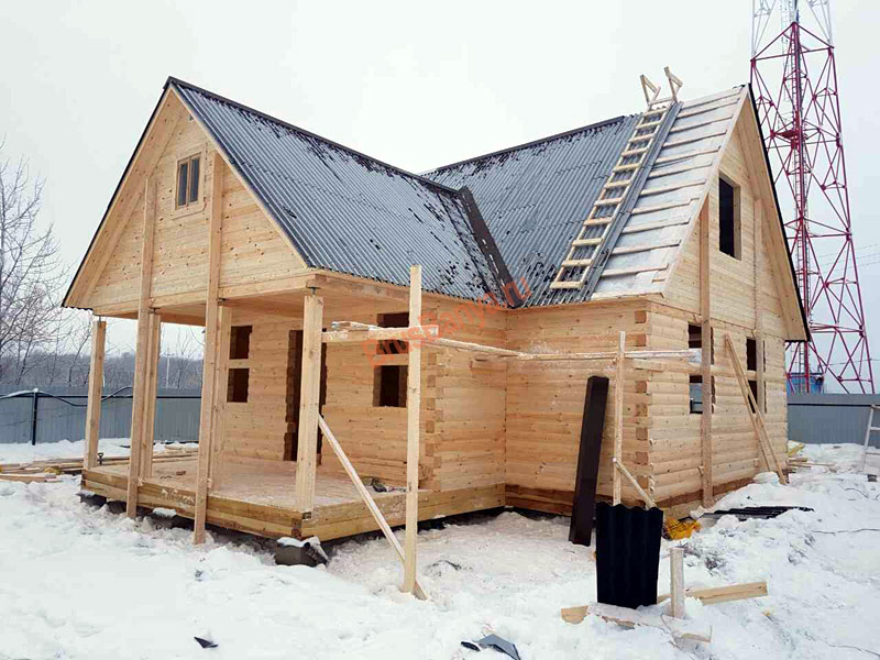 """Строительство дома из бруса 9х9 """"Под усадку"""""""